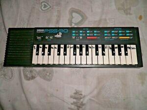 Pianola vintage Yamaha PSS-30