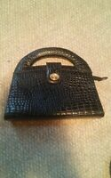 015 Vintage Black Alligator Look Purse Pocketbook Handbag Made in China