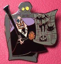 DISNEY PIN - Nightmare Before Christmas MAYOR Tombstone Scroll Halloween Mystery