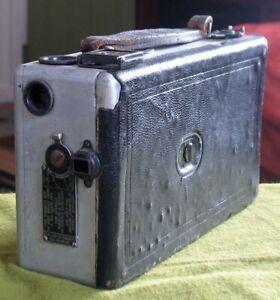 1920s Kodak Cine Model B 16mm Film Movie Camera RUNS - NEEDS REPAIR AS IS