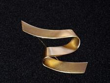 Ribbon Design Brooch Pin Euc Monet Brushed Matte Gold Tone Z