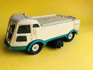 France Dinky Toys 596 Balayeuse LMV Road Sweeper