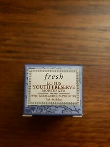 #677 Fresh Lotus Youth Preserve Face Moisturizer Deluxe Sample 0.23oz/7mL