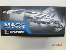 MASS EFFECT - ALLIANCE NORMANDY SR2 SHIP REPLICA - INCLUDES DISPLAY BASE - MIP