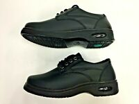 New! Non-slip Work Shoes for Men Black Local Pick up $15 Off