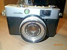 Vintage Minolta Hi-Matic C Rangefinder 35mm Camera.