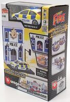 Burago 1/43 Scale Model Car #18 31502 - 2013 Ford Focus ST And Police Station