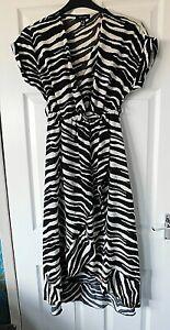 NEW LOOK Cream Black Zebra Print V Neck Short Sleeve Wrap Dress Size UK 6 EU 34