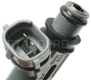 Standard FJ467 Fuel Injector