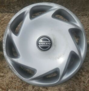 "(1) Genuine OEM 1995 1996 1997 Volvo 850 15"" Hubcap Wheel Cover #E p/n 6819707"