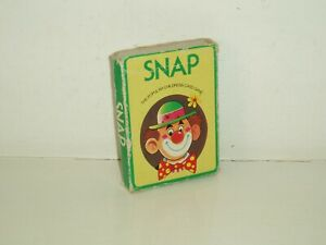 """Vintage """"Snap"""" card game No6860  by Arrow Games. 1960s."""