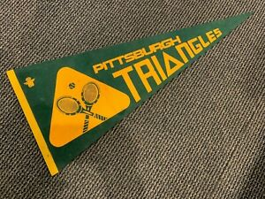 1973 PITTSBURGH TRIANGLES FULL SIZE RARE WORLD TEAM TENNIS PENNANT EX/MT RARE