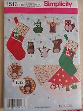 Simplicity Felt Fox Moose Owl Squirrel Ornament Stocking Tree Skirt Pattern 1516
