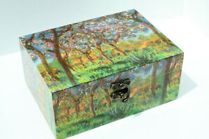 Wood handmade hinged medium storage/trinket box green Lined Van Gogh desings