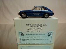 DINKY TOYS DY CODE 3 MODEL PROMO - MGB GT 1965 - SAFETY FAST - MINOR MOTORCARS
