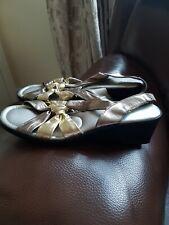 Lotus Ladies Leather Sandal Size 6