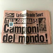 La Gazzetta dello sport ITALIA 12 Luglio + Francobollo Campioni del Mondo 1982