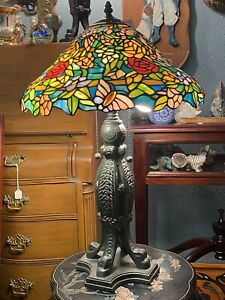 Roses And Butterflies TIFFANY STYLE STAINED GLASS TABLE LAMP 2 Bulb