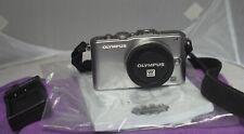 Olympus E-PL3 m4/3 fotocamera PEN SOLO CORPO SILVER