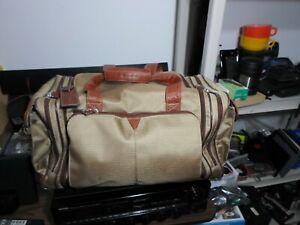 "Johnston Murphy Duffel Travel Bag 21"""