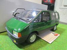 RENAULT ESPACE MKI vert au 1/18 OTTOMOBILE OT622 voiture miniature de collection
