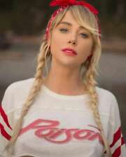 Sara Jean Underwood authentic autograph signed personally owned & worn ROCK STAR