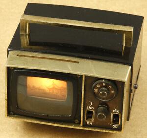 Federal Vintage TV Miniature AM Radio Made in Hong Kong RARE