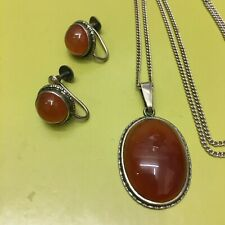 Vintage Silver Cabouchon Carnelian Pendant and Earrings Set