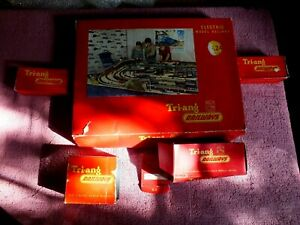 1960's Tri-ang 00 Gauge RS.24 Boxed Train Set + Rolling Stock & W/Tower - Boxed