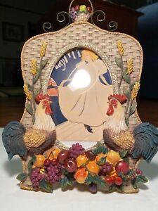 "Two Roosters Photo Frame 6"" x 4"" w Fruit & Basket Weave Design, Fruit Basket Top"