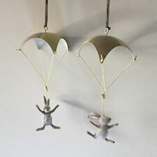 2 x Parachuting Easter Bunny Decorations Rabbit Spring Hanging Fun Bouncing
