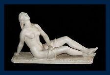 Künstlerische Steinguss & Stuck Skulpturen