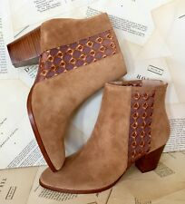 NIB Anthropologie camel Suede Sheer Embroidered Insets Back Zip Ankle Boots 9.5
