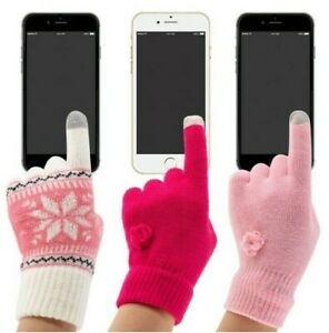 PUGS Tech Gloves Lets You Use Your Cell Phone With Your Gloves On (3 pairs)