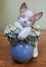 Lladro Sleepy Kitten W/Box #06567 (393)