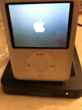 Apple iPod Nano 3rd Generation 4GB Silver Color Works While Charging
