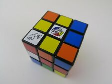 Rubik's Cube 40th édition 1974 - 2014 signé Edition