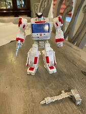 New listing Hasbro Transformers War for Cybertron Siege Ratchet