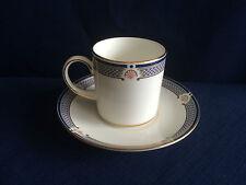 Wedgwood WAVERLEY puede y platillo de café
