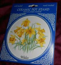 Hand Finish Wales daffodil Ceramic Pot Stand Heat& Scratch Resistant Cork Backed