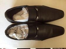 Pair of gent's black leather shoes, size 39 (UK 6-7) by Gig, hardly worn.