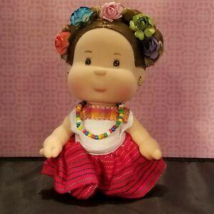 Beautiful Mexican Guelaguetza doll collectible