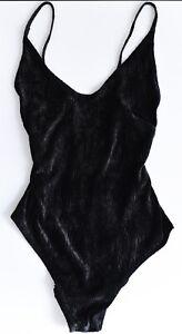 crash Samtbody H&M Bodysuit cut-out 90er grunge Rückenfrei Trägertop gothic *M