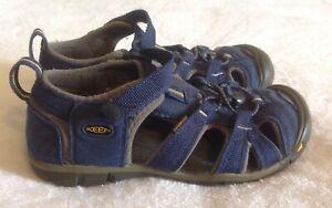 Kid's Keen Seacamp ll CNX Sandals Sz 2 Navy Blue Waterproof Hiking Outdoors