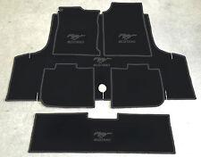 Autoteppich Fußmatten Kofferraum Set für Ford Mustang Cabrio schwarz 71-73 6tlg