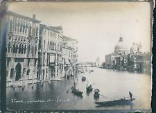 Italie, Venise, Vue du Canal et la Basilique Santa Maria della Salute, ca.1910,