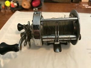 Vintage Shakespeare Service 1946 Model FE Fishing Reel