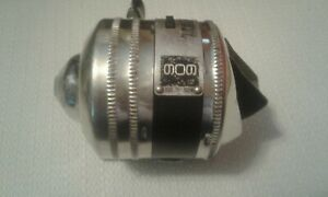 ZEBCO 909 Spin Cast Reel - USA made