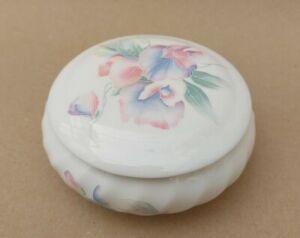 Aynsley Fine Bone China Round Trinket Box In Little Sweetheart Pattern + Lid.