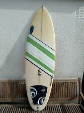 5.9 Surfboard with boardbag,5 fcs fins & New leash in good condition.